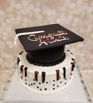 Alexis' Grad Cake.jpg
