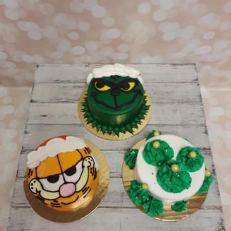 Christmas Smash Cake.jpg
