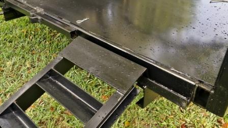 018Dump Ramp Close Up