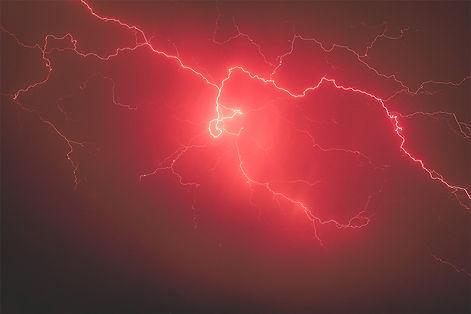thunderstrom-red-sky.jpg