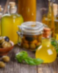 olive-oil-4DSCB9M.jpg