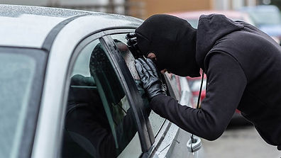 Car-Thieves-Breaking-Into-Houses-1.jpg