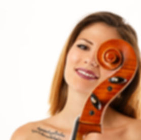 professional cellist, Iliana Koretsi, Soul N Passion