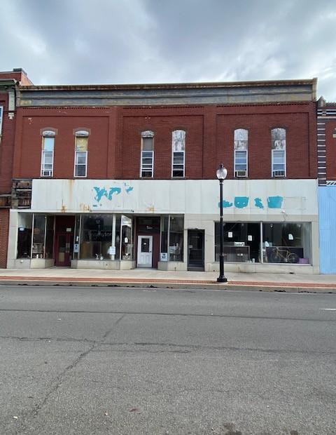 13-17 S Front Street