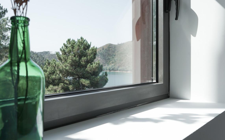 Janela Lateral Suite Luz Zab Living.jpg