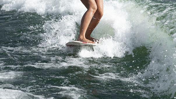 Wakesurf Zab Living.jpg