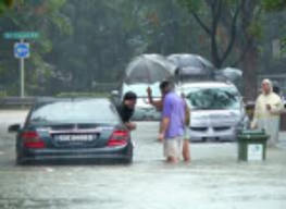 Floods in Singapore, Trinh Cong Son, Vietnamese in Singapore. Monique Truong