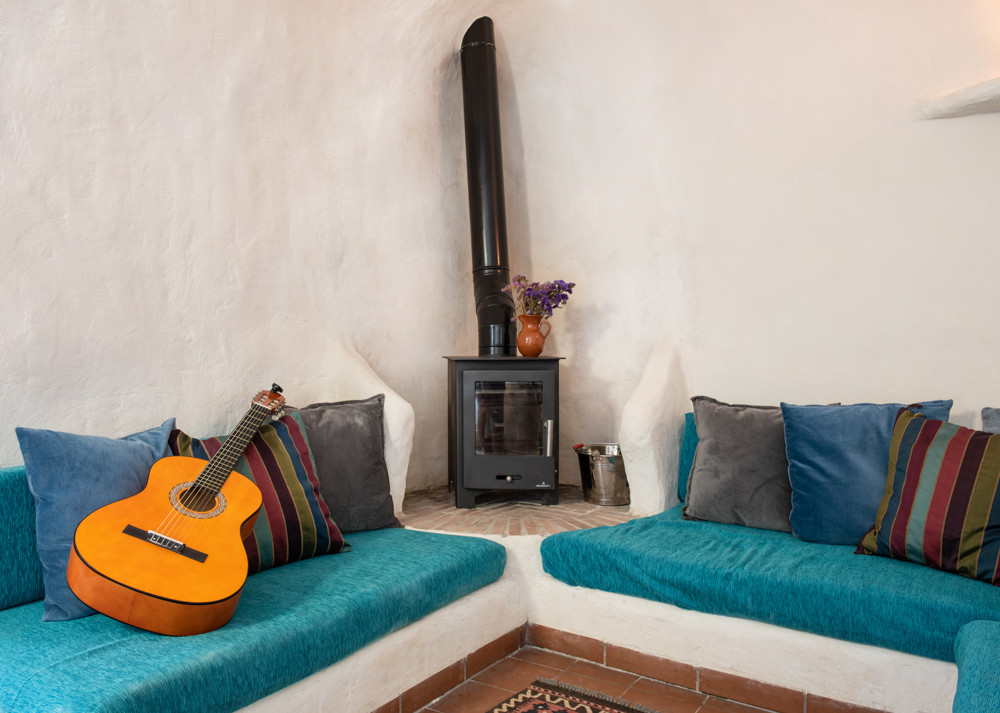 Holiday let Spain with woodburner