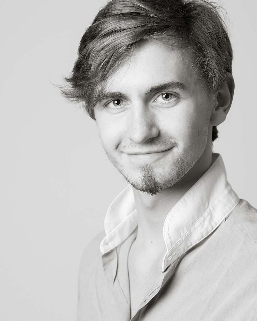 Headshot for actor