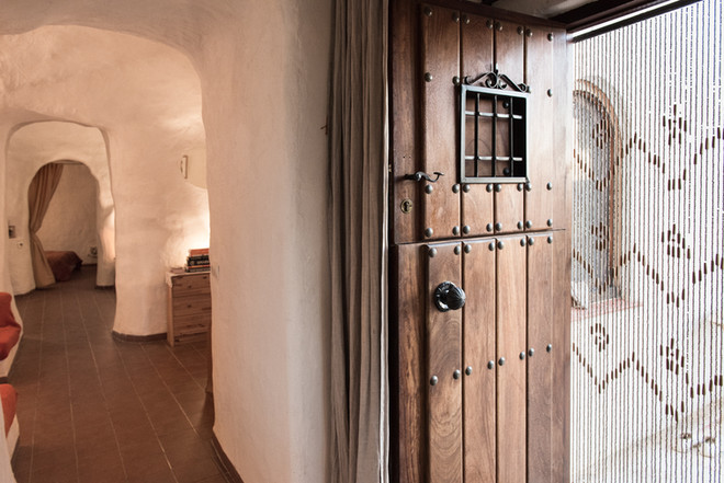 Front door to the cave house, Casa Isadora
