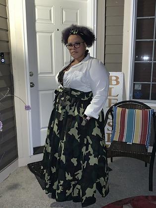 Long Sleeve Black Pleated Maxi Dress