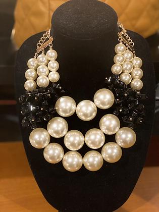 Cream & Black Pearl Necklace