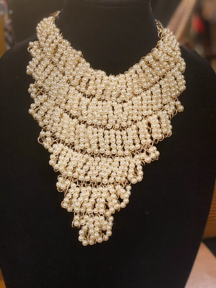 Pearl Clustered Cream Bib Necklace Set