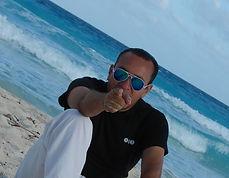 MIXCLOUD ROBERTO RIOS DJ RADIO CUARTOS CUADRADOS