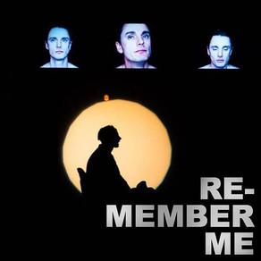 Είδα την Θεατρική Παράσταση RE-MEMBER ME (UK)