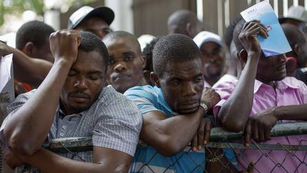 Haitians Rush to Avert Dominican Expulsion