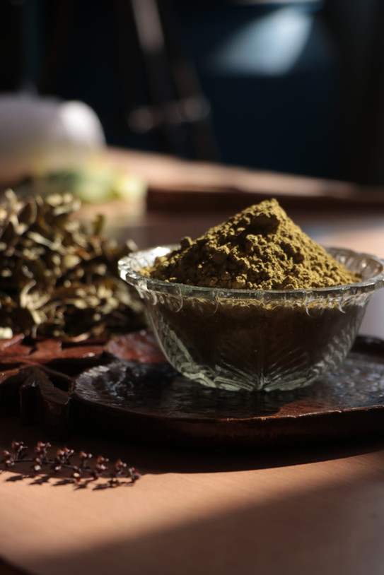 Henna Leaves & powder
