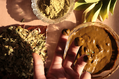 Henna Leaves, paste and powder