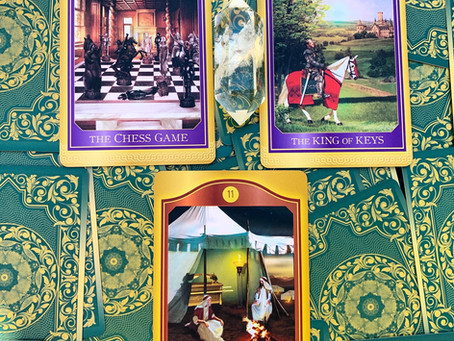Weekly Tarot: Three Cards for the Collective