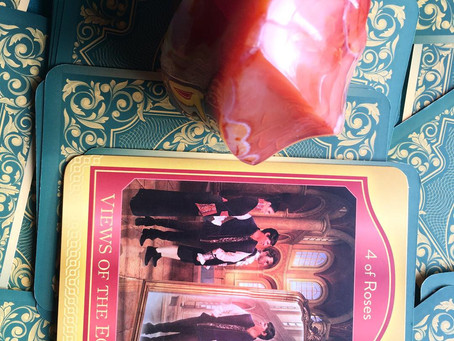 Weekly Tarot: 4 of Roses: Views of the Ego