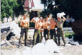 bosna,2000 spol. pytlování.jpg