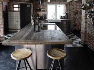 Rustikale Industrieküche