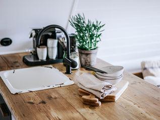 Arbeitsplatte als kleine Kuecheninsel
