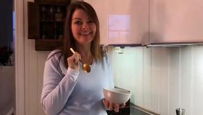Nina viser hvordan du kan lage en nydelig blomkålpure
