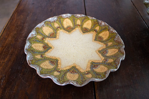 Pineapple Lace Dish-Carol Lammon