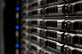 servidor-web-696x464.jpg
