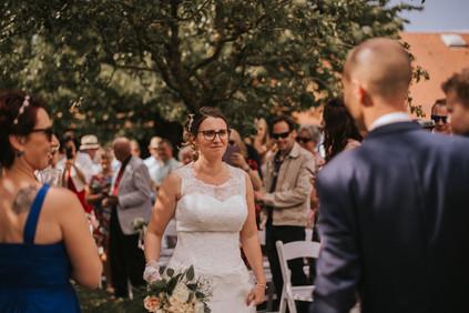 Les Mariés Sauvages - Cérémonie Laïque - Astuces - Mariage Alternatif