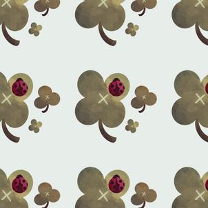 cloverladybug_pattern.png