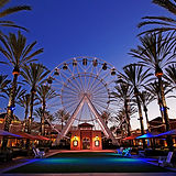 Giant_Wheel_at_Irvine_Spectrum_Center.jp