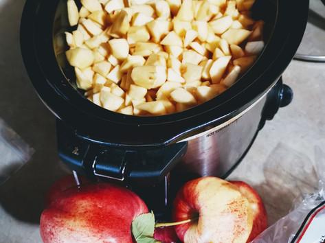Making apple butter