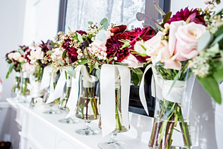 wedding day bouquets