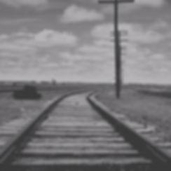 rail-1640435_1920_edited_edited.jpg