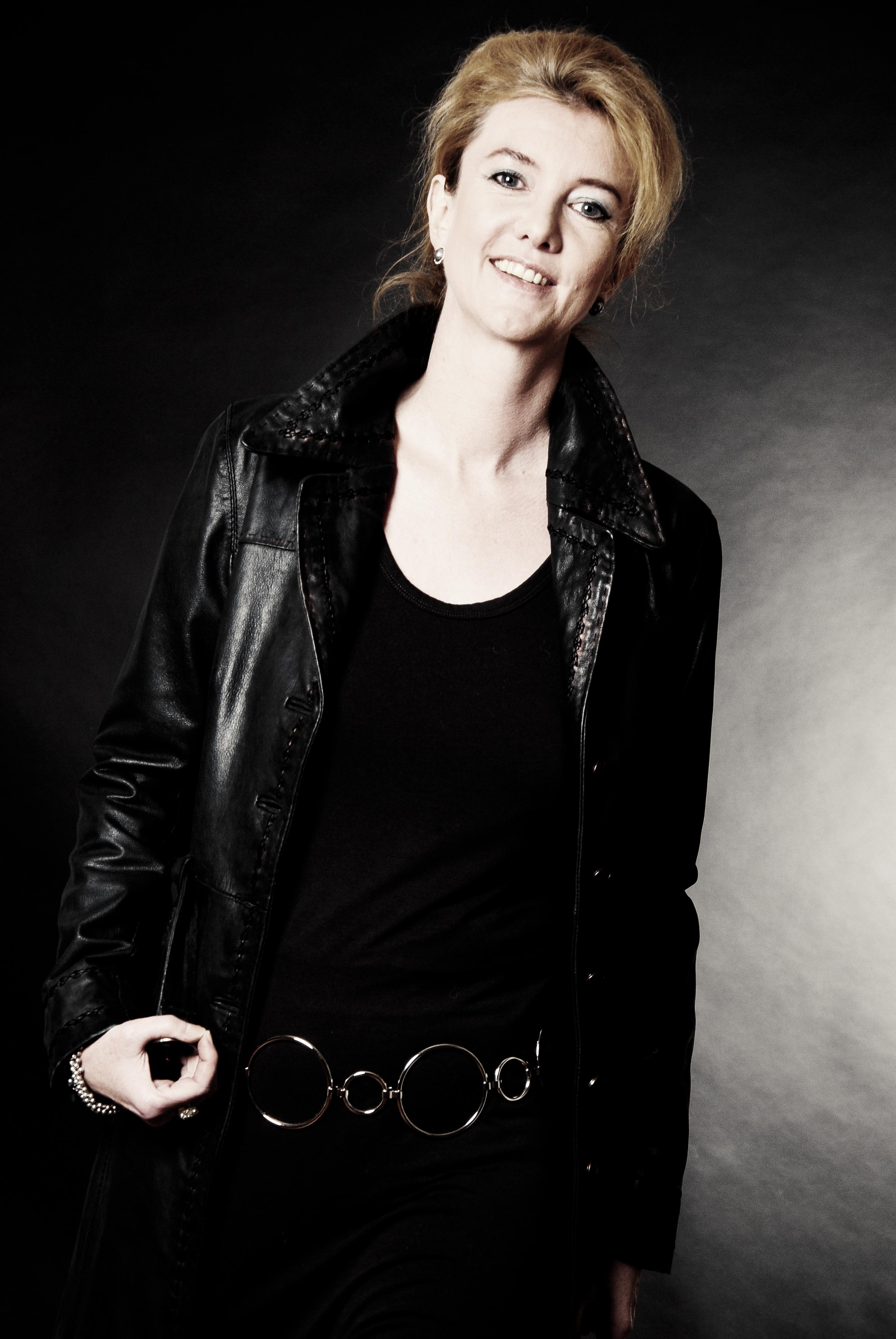 Frauen Portraits_ Nadine Grenningloh 031