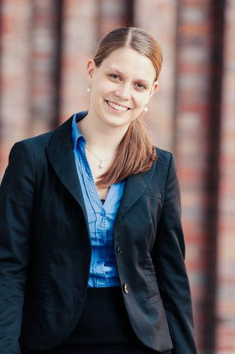Nadine Grenningloh Bewerbungsfotos009.jp