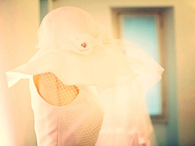La sposa con il cappello
