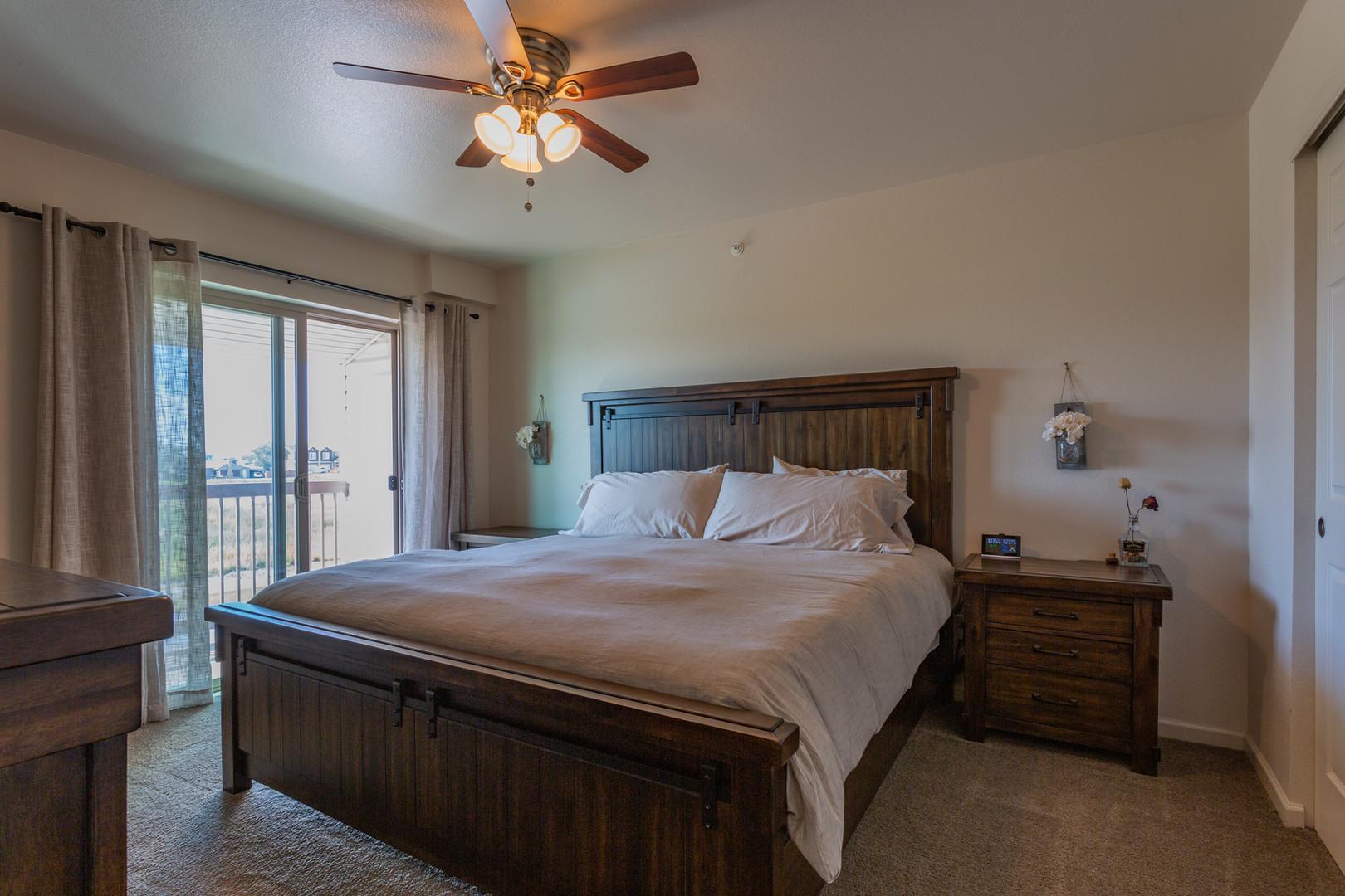 Kiva 2 BR Bedroom 1