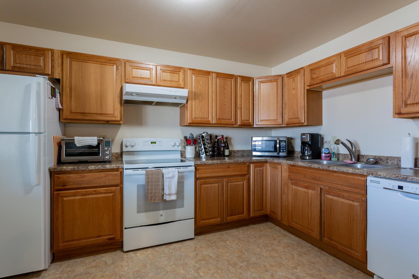 Kiva 2 BR Kitchen