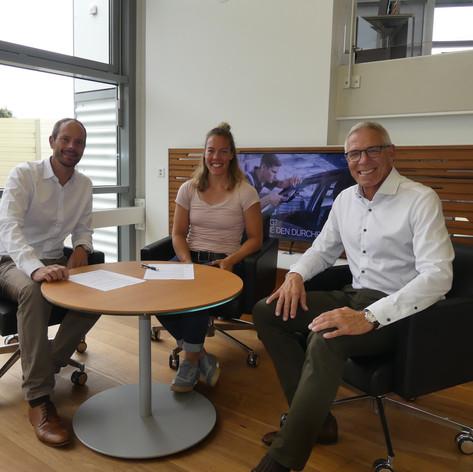 Jeannine Gmelin | Partnerschaft BMW Steiner Group AG Kriens | Paul Gabriel GL (re), Stephan Bachmann Verkauf