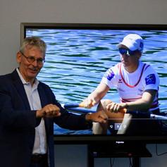 Jeannine Gmelin und KIBAG COO Ueli Widmer - Partnerschaft mit KIBAG