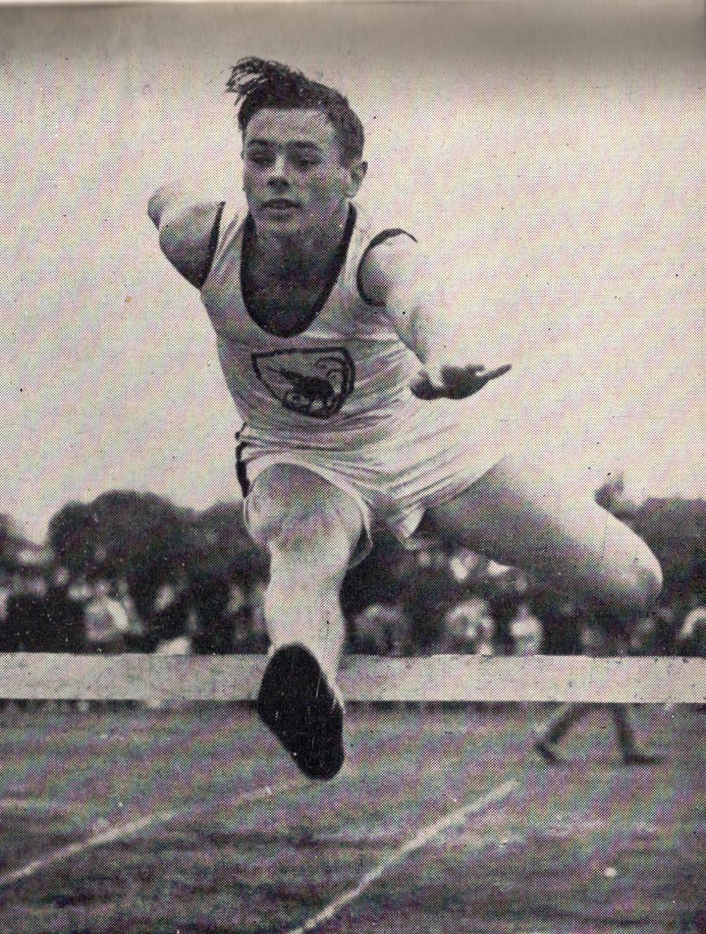 1951 Milham breaks junior hurdles record