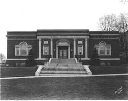 Pease Memorial Library