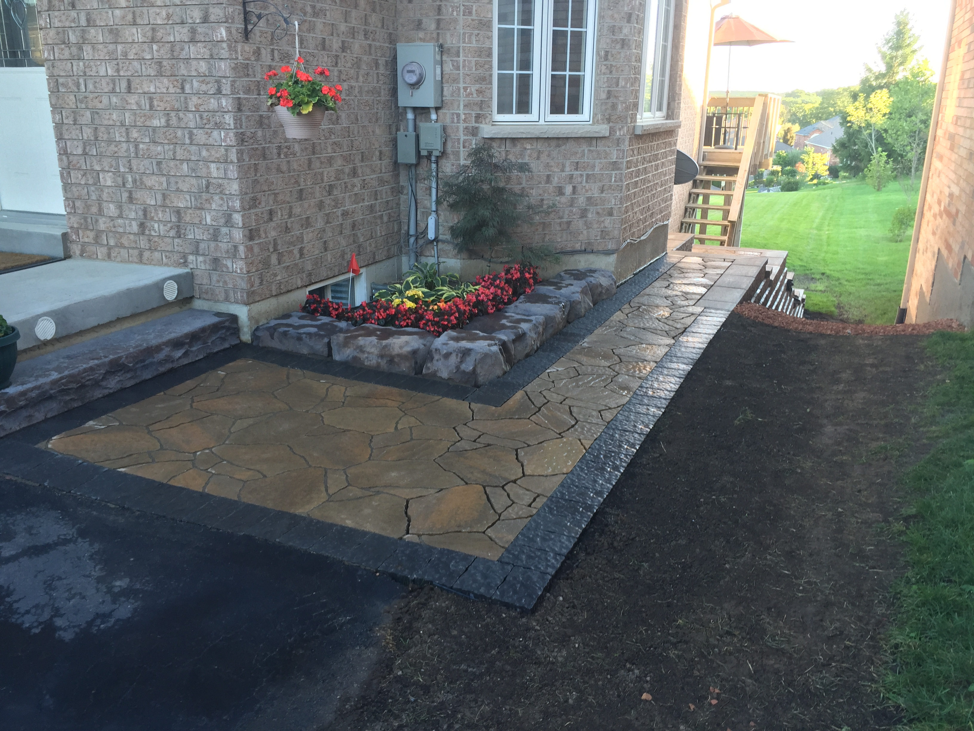 Interlocking Paver & Garden Wall