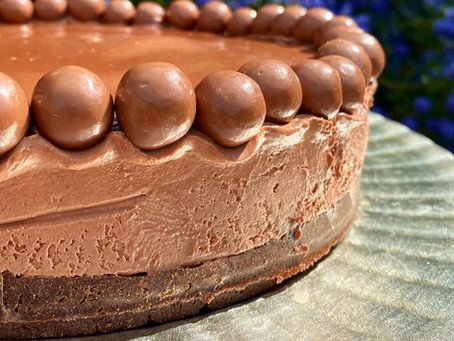 CHOCOLATE MALTED MOUSSE CAKE