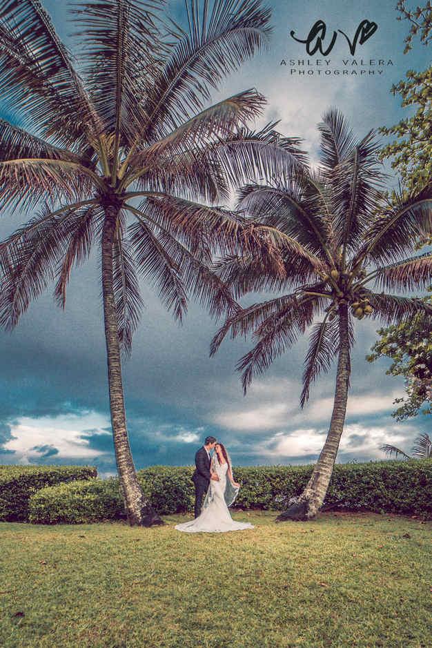 Ashley Valera Photography, Kaua'i, Hawai'i Wedding Photographer