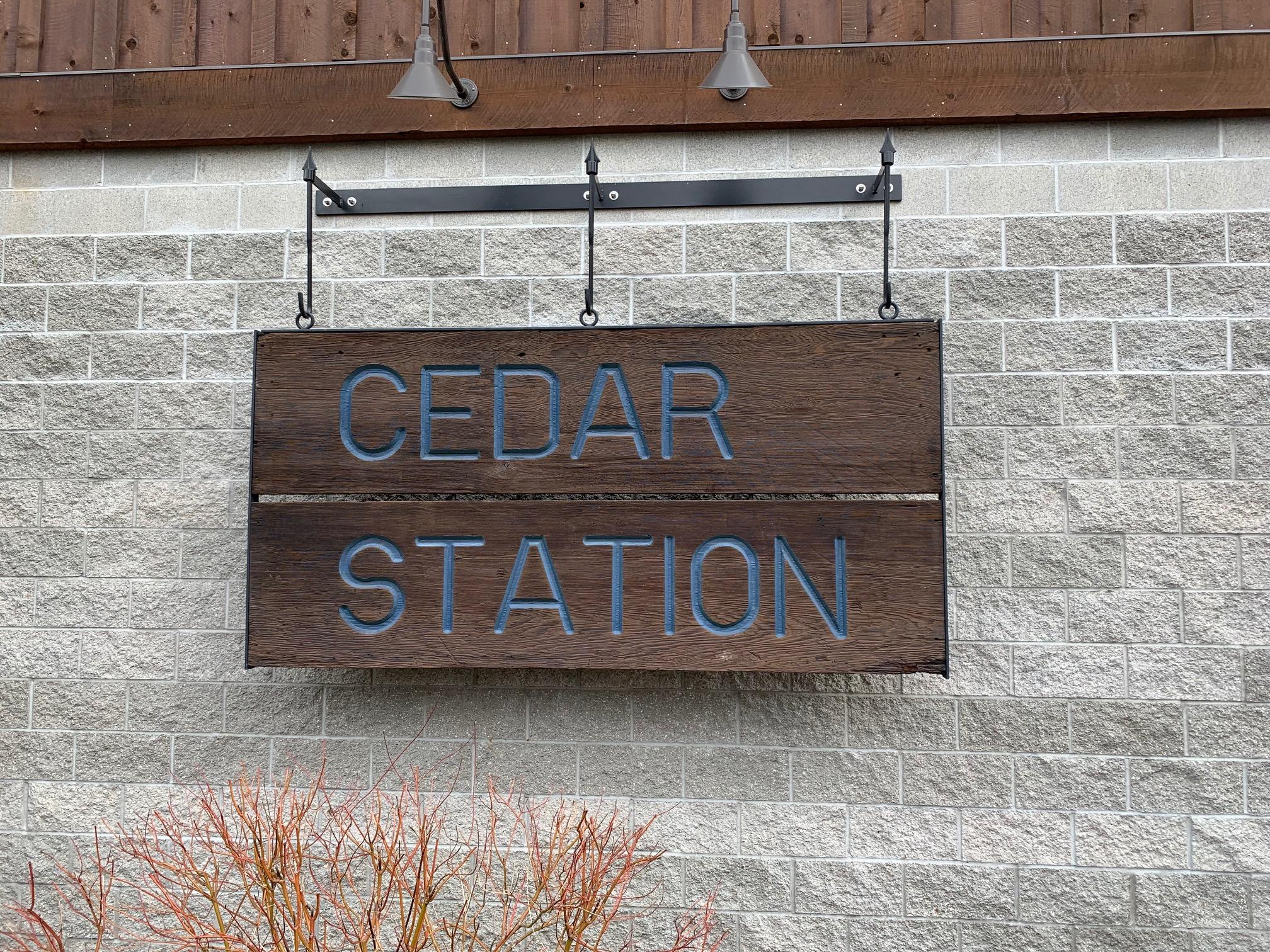 Sign Cedar Station