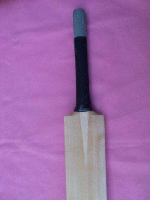 Malik Plain Bat (Grip -- Black & Blue)